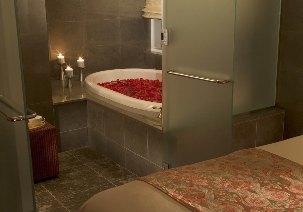 A relaxing tub in one of the spa's treatment rooms.