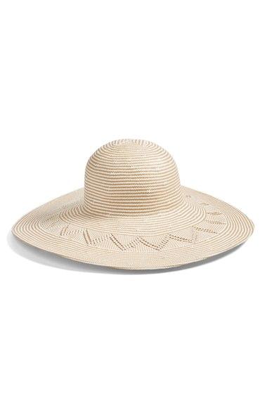 Hat : Hinge