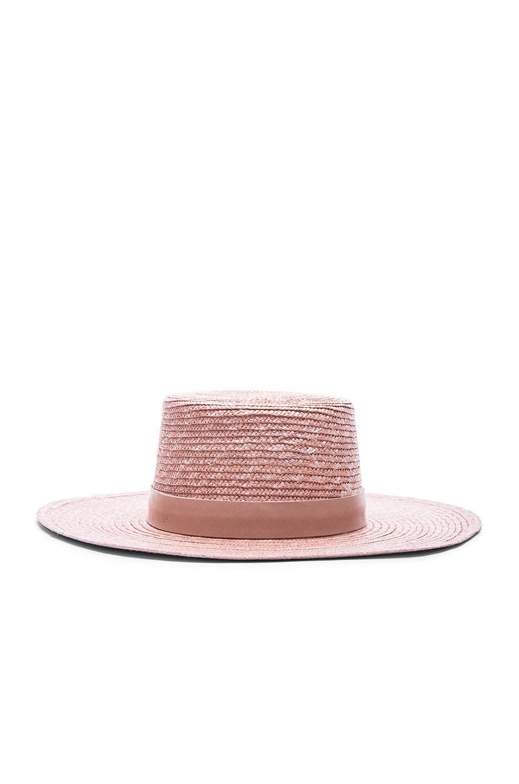 Hat :  Janessa Leone