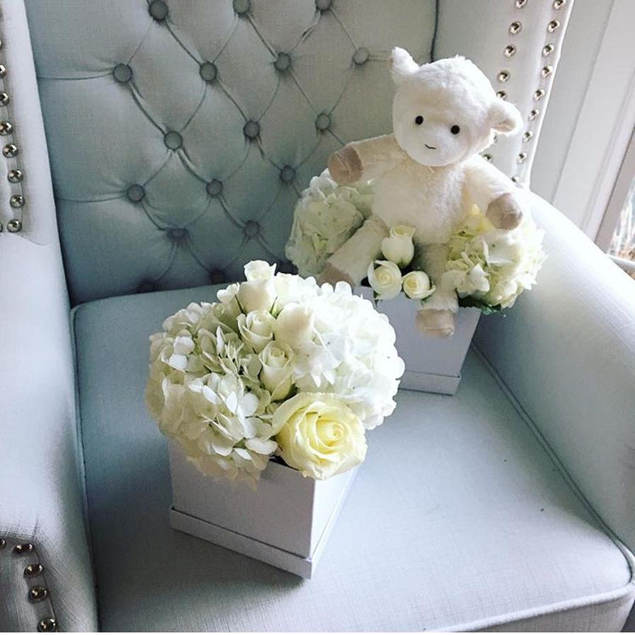 whitefloralarrangements_mckenziechic6.jpg