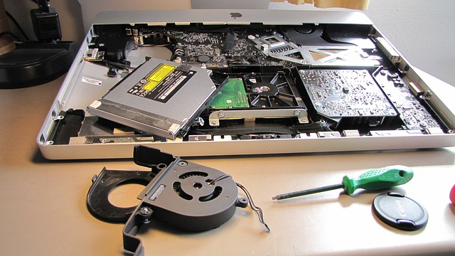 Laptops are also modular and can be reassembled like desktop computers. Photo courtesy of pixabay.com