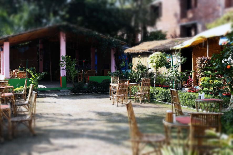 A Tavola Con Te Italian Restaurant And Pizzeria Garden 2.jpg