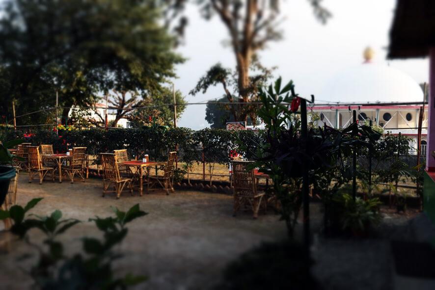 A Tavola Con Te Garden 3.JPG