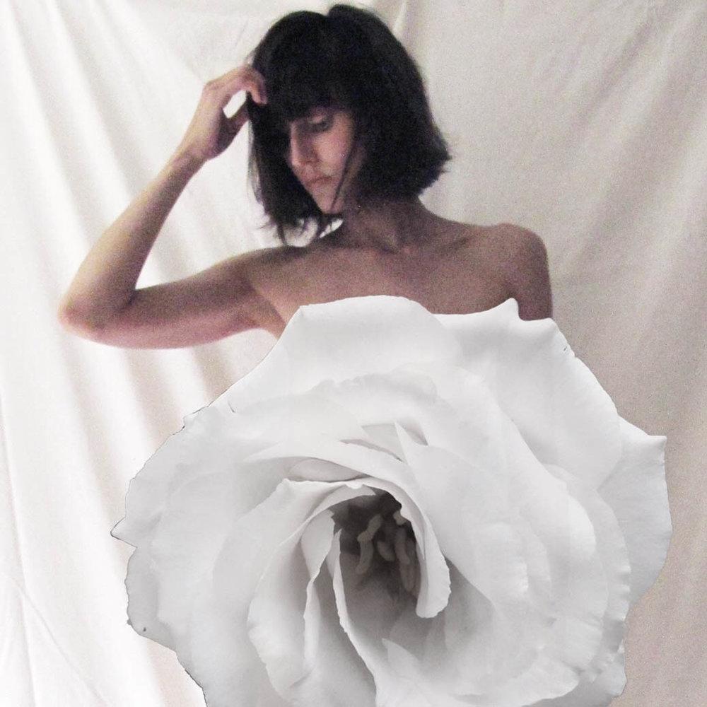 www.sarahelizabethvosper.com-woman-bloom.jpg