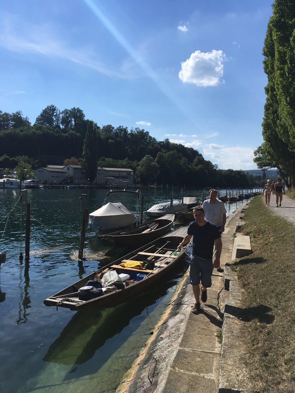 Weidlingsfahrt 2018 - IHT Rafz begab sich an einem sonnigen Freitag Ende Juli nach Schaffhausen zu einem Teamanlass auf und neben dem Rhein.