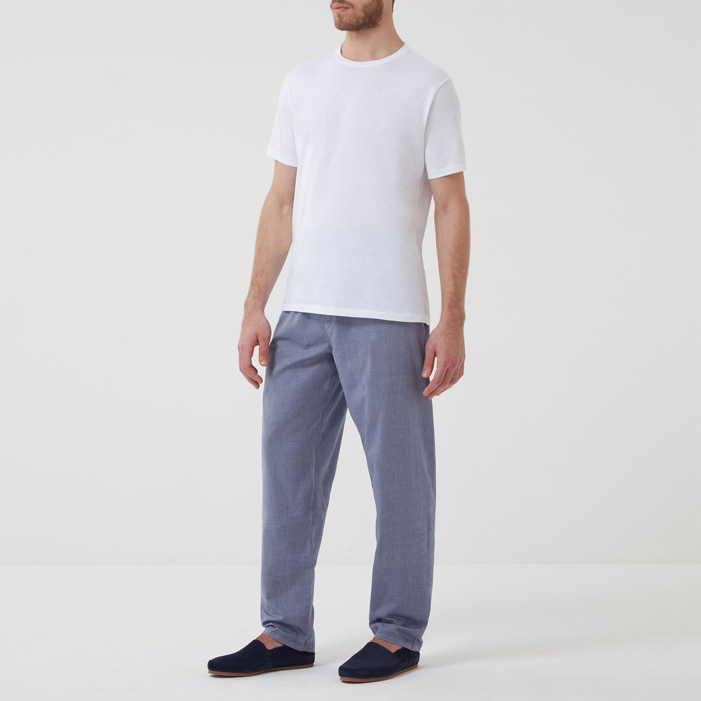 Cotton-Cashmere-Sleep-Trouser-Chambray-Model_02.jpg