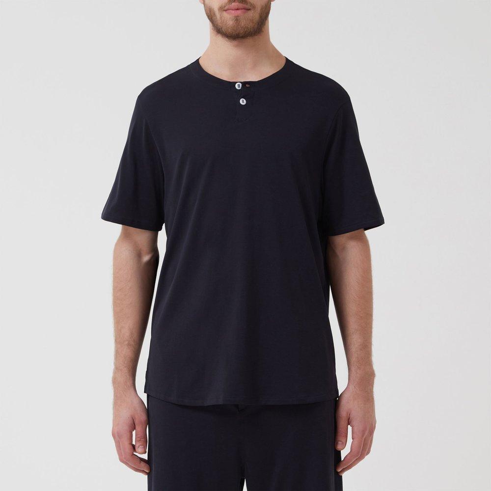 Sleep-Shirt-Crew-Navy-Model_01.jpg