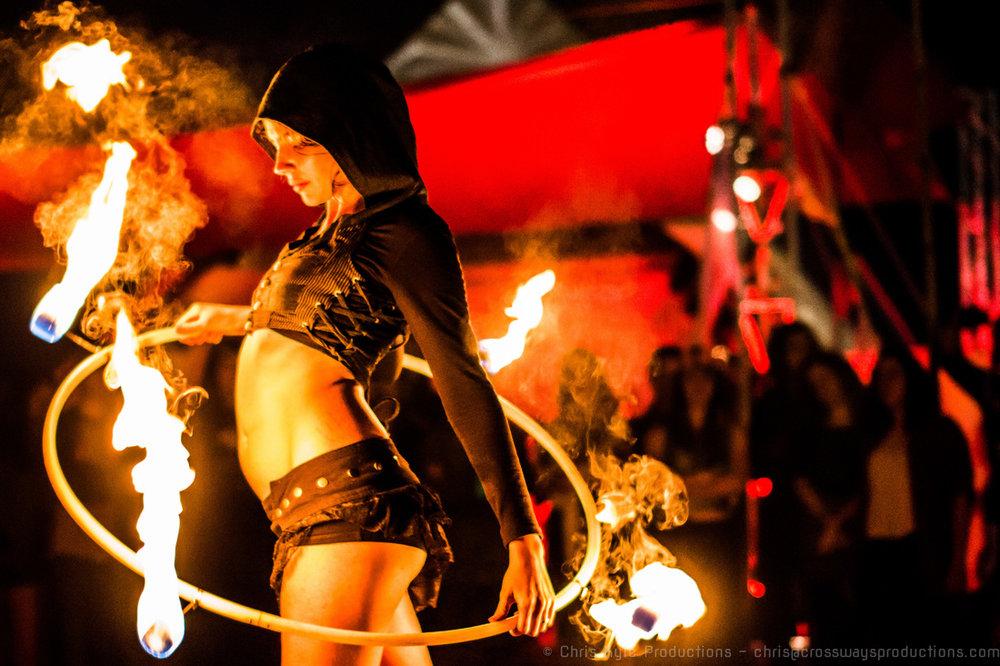 LIVE MUSIC& FIRE NIGHT -