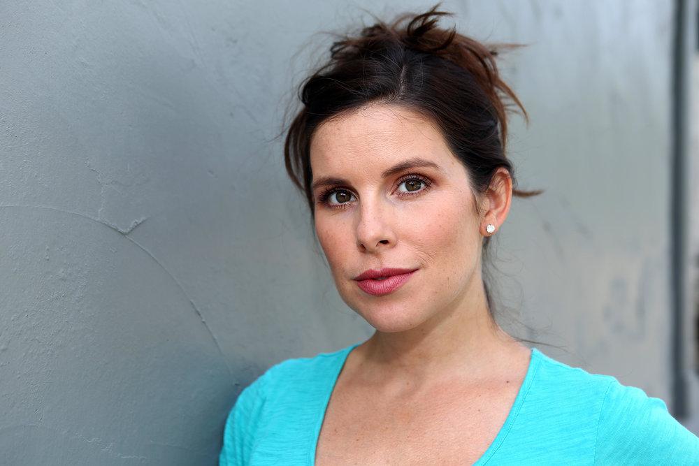 #SkinBabe Lauren Kanaan, TV Host
