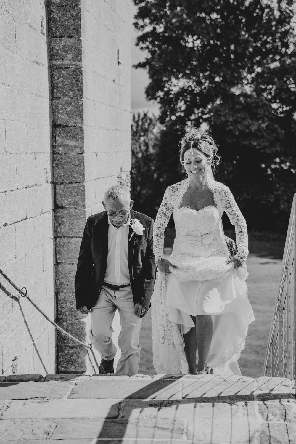 grace-elizabeth-boho-wedding-headingham-castle-essex-wedding-photographer-25.jpg