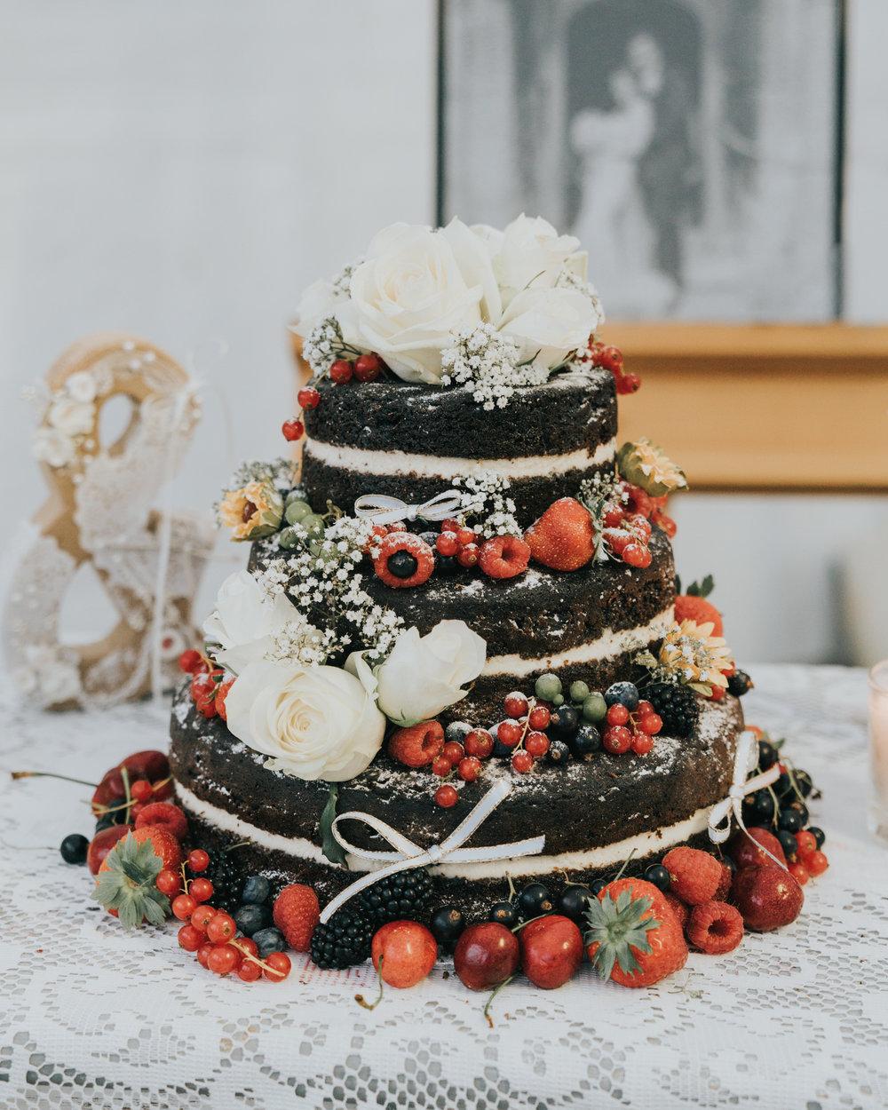 grace-elizabeth-boho-wedding-headingham-castle-essex-wedding-photographer-72.jpg