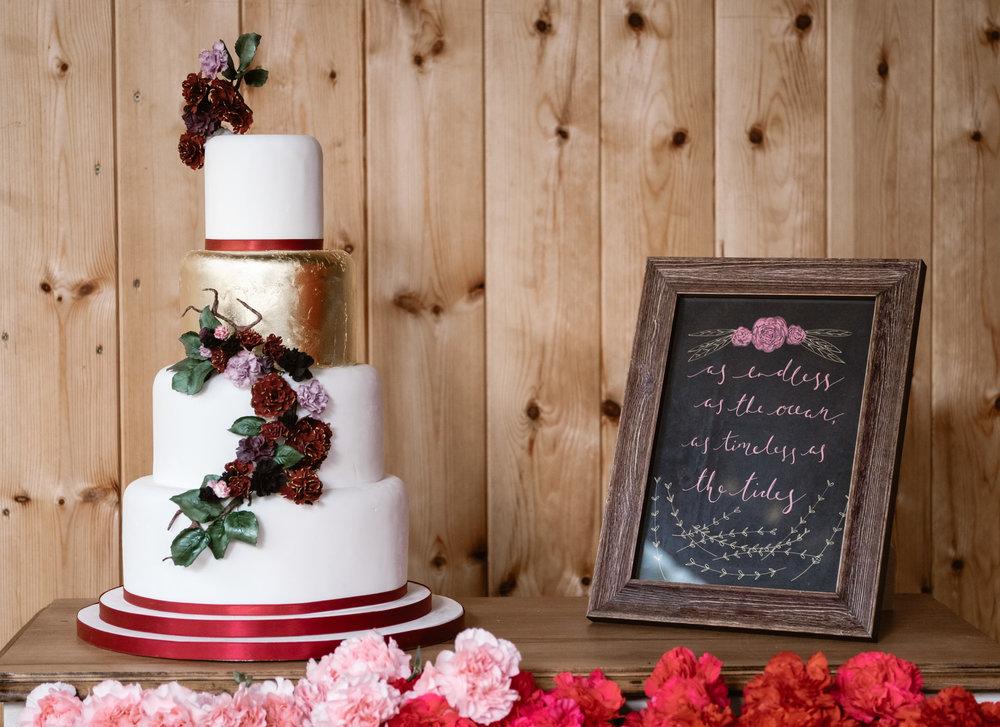 Captains-Wood-Barn-Alterative-Rustic-Vintage-Essex-Wedding-Suffolk-Grace-Elizabeth-30.jpg