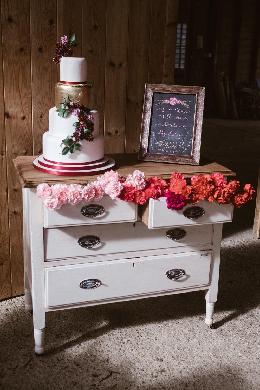 Captains-Wood-Barn-Alterative-Rustic-Vintage-Essex-Wedding-Suffolk-Grace-Elizabeth-31.jpg