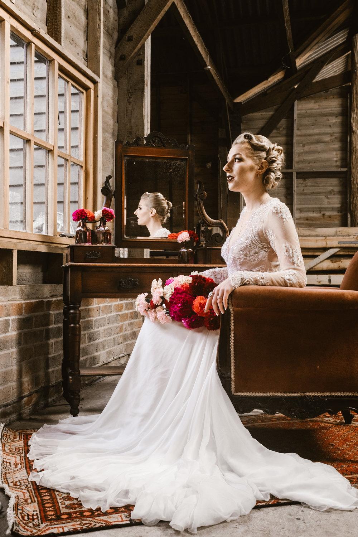 Captains-Wood-Barn-Alterative-Rustic-Vintage-Essex-Wedding-Suffolk-Grace-Elizabeth-32.jpg