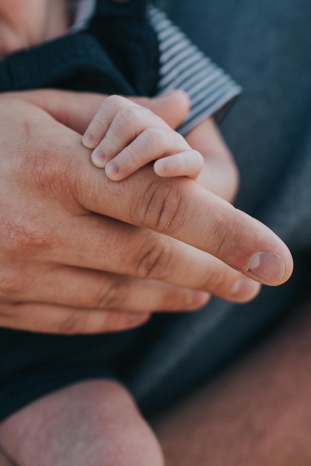 Newborn-Baby-Cooper-Grace-Elizabeth-Alternative-Wedding-Photographer-Colchester-Essex-Mersea-Island-34.jpg