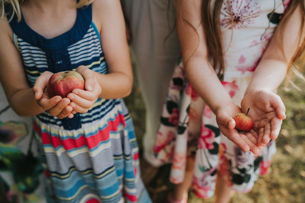 Grace-Elizabeth-Extended-Family-Session-Essex-Lifestyle-Shoot-Essex-Alternative-Wedding-Photographer-Colchester-Essex-Suffolk-Devon-Norfolk (41 of 47).jpg