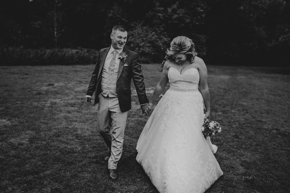 sarah-paul-boho-essex-wedding-white-hart-great-yeldham-alternative-essex-wedding-photographer-grace-elizabeth-colchester-alternative-photographer-essex-suffolk-norfolk-devon (82 of 116).jpg