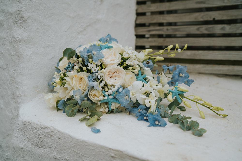 john-amy-relaxed-beach-wedding-tunnels-beaches-ilfracombe-north-devon-grace-elizabeth-colchester-essex-alternative-relaxed-wedding-photography-devon-suffolk-norfolk-essex (8 of 159).jpg