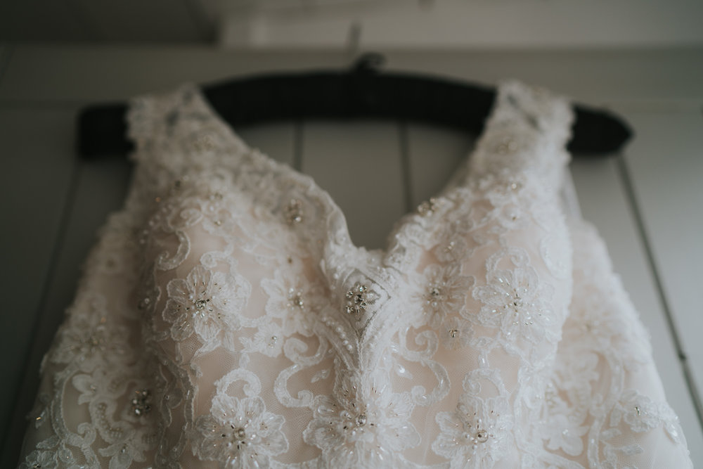 john-amy-relaxed-beach-wedding-tunnels-beaches-ilfracombe-north-devon-grace-elizabeth-colchester-essex-alternative-relaxed-wedding-photography-devon-suffolk-norfolk-essex (12 of 159).jpg