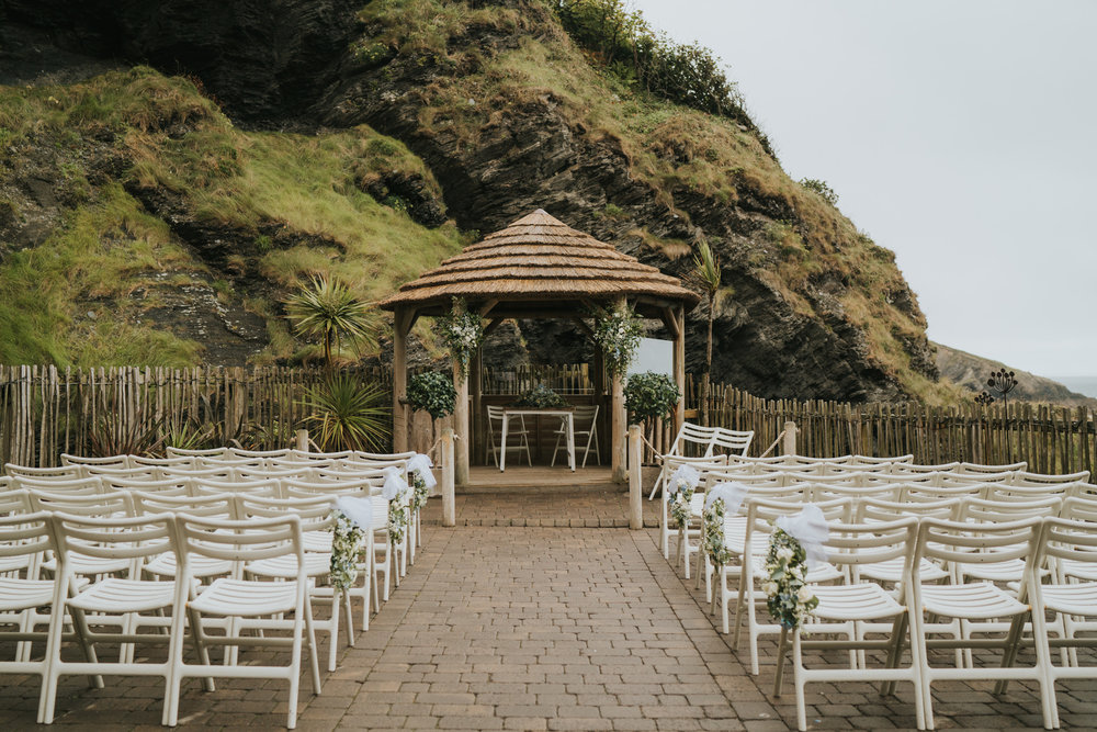 john-amy-relaxed-beach-wedding-tunnels-beaches-ilfracombe-north-devon-grace-elizabeth-colchester-essex-alternative-relaxed-wedding-photography-devon-suffolk-norfolk-essex (21 of 159).jpg