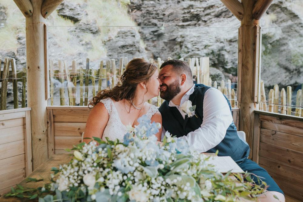 john-amy-relaxed-beach-wedding-tunnels-beaches-ilfracombe-north-devon-grace-elizabeth-colchester-essex-alternative-relaxed-wedding-photography-devon-suffolk-norfolk-essex (65 of 159).jpg