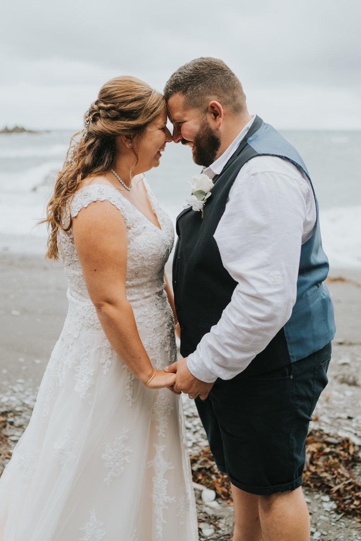john-amy-relaxed-beach-wedding-tunnels-beaches-ilfracombe-north-devon-grace-elizabeth-colchester-essex-alternative-relaxed-wedding-photography-devon-suffolk-norfolk-essex (94 of 159).jpg