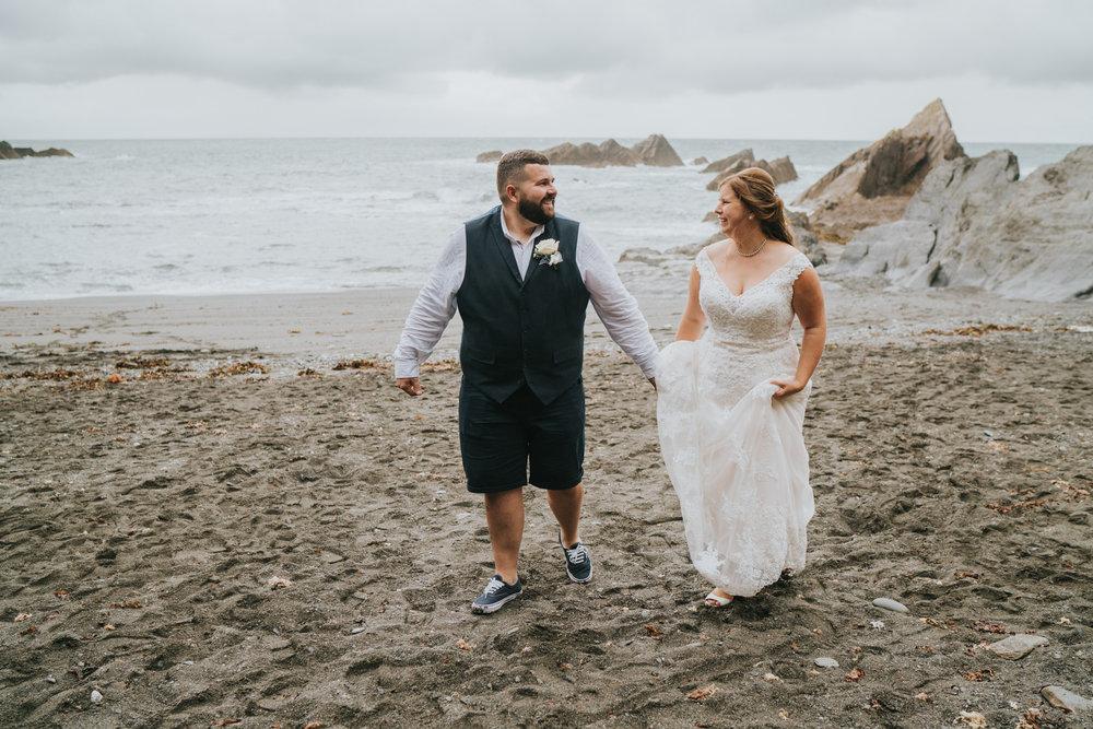 john-amy-relaxed-beach-wedding-tunnels-beaches-ilfracombe-north-devon-grace-elizabeth-colchester-essex-alternative-relaxed-wedding-photography-devon-suffolk-norfolk-essex (141 of 159).jpg