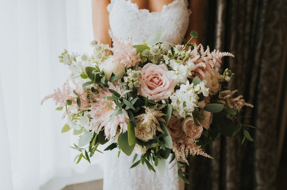 intimate-english-church-wedding-sarah-alex-colchester-essex-grace-elizabeth-colchester-essex-alternative-wedding-lifestyle-photographer-essex-suffolk-norfolk-devon (6 of 92).jpg