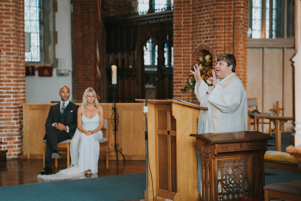 intimate-english-church-wedding-sarah-alex-colchester-essex-grace-elizabeth-colchester-essex-alternative-wedding-lifestyle-photographer-essex-suffolk-norfolk-devon (40 of 92).jpg