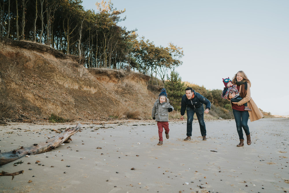 bushell-family-session-beach-cudmore-grove-lifestyle-grace-elizabeth-colchester-essex-alternative-relaxed-wedding-family-photography-devon-suffolk-norfolk-essex (25 of 34).jpg