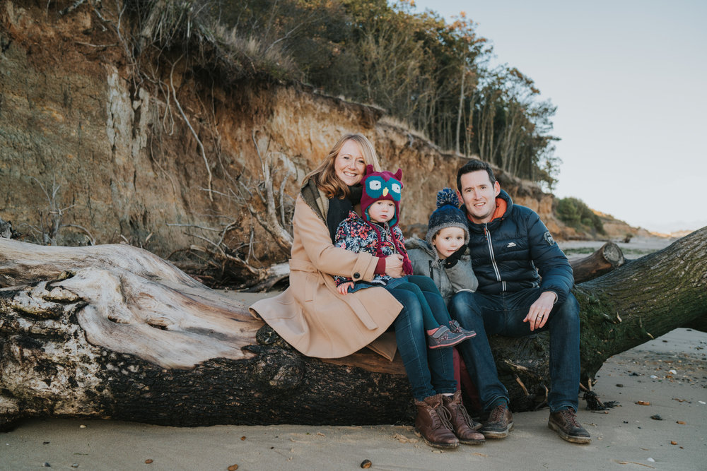 bushell-family-session-beach-cudmore-grove-lifestyle-grace-elizabeth-colchester-essex-alternative-relaxed-wedding-family-photography-devon-suffolk-norfolk-essex (28 of 34).jpg