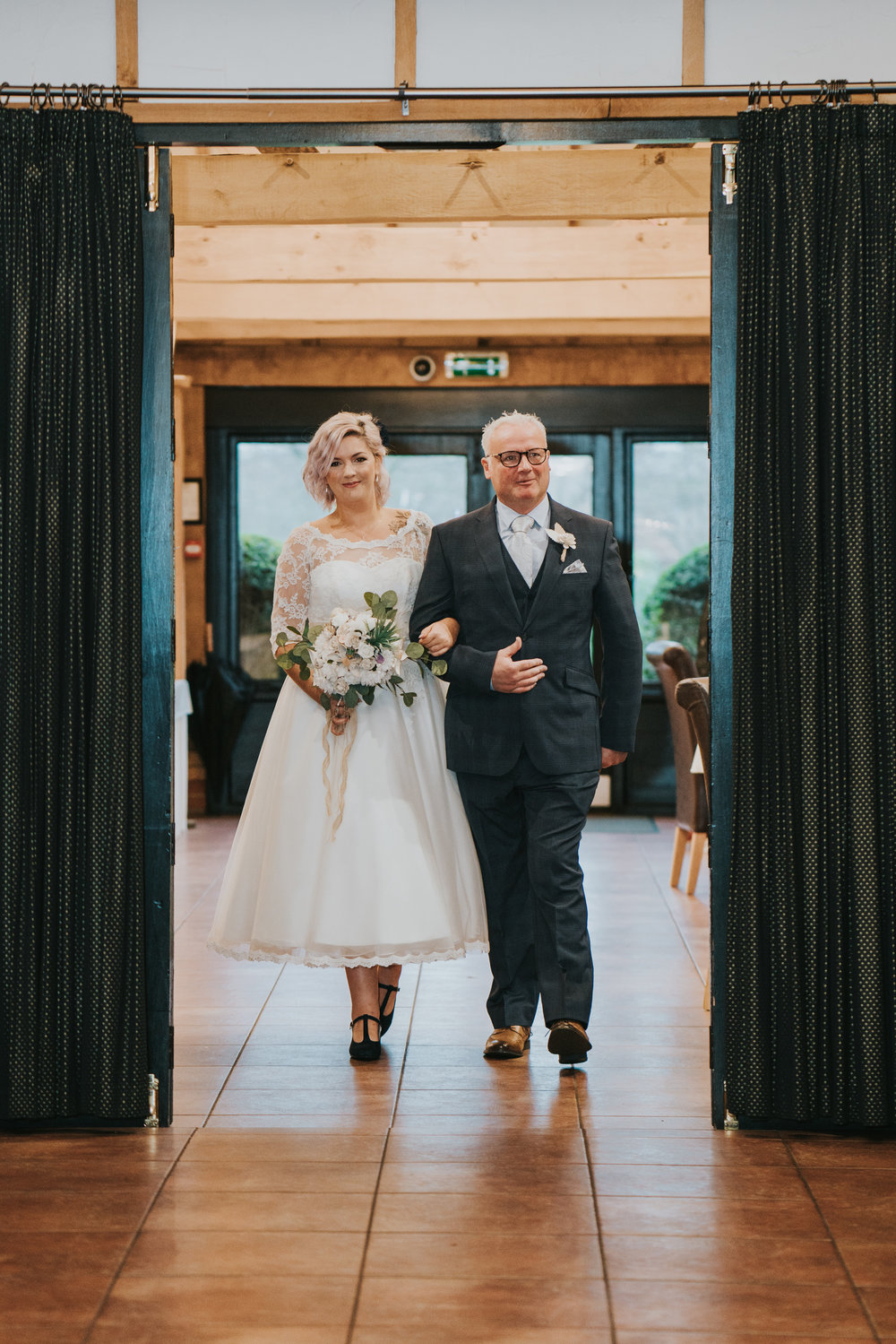 rhia-james-rustic-crabbs-barn-vintage-50s-retro-wedding-grace-elizabeth-colchester-essex-alternative-relaxed-wedding-family-photography-devon-suffolk-norfolk-essex (69 of 138).jpg