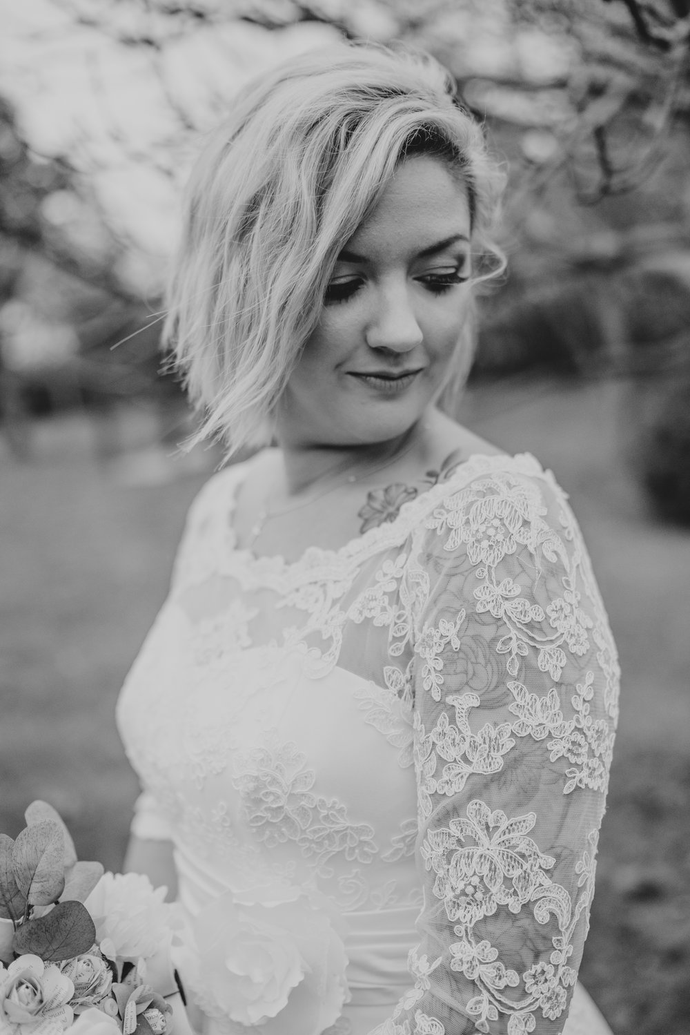 rhia-james-rustic-crabbs-barn-vintage-50s-retro-wedding-grace-elizabeth-colchester-essex-alternative-relaxed-wedding-family-photography-devon-suffolk-norfolk-essex (92 of 138).jpg