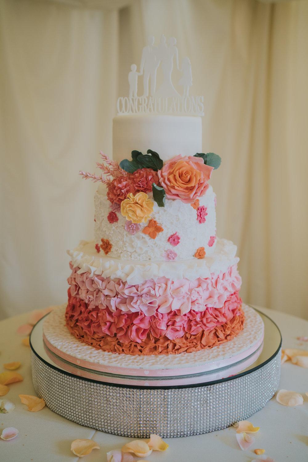 sophie-mark-newland-hall-boho-wedding-grace-elizanbeth-alternative-wedding-photographer-colchester-essex-norfolk-suffolk-devon (63 of 161).jpg