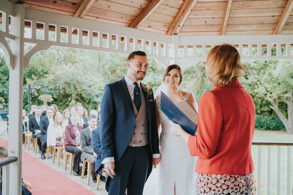 sophie-mark-newland-hall-boho-wedding-grace-elizanbeth-alternative-wedding-photographer-colchester-essex-norfolk-suffolk-devon (102 of 161).jpg