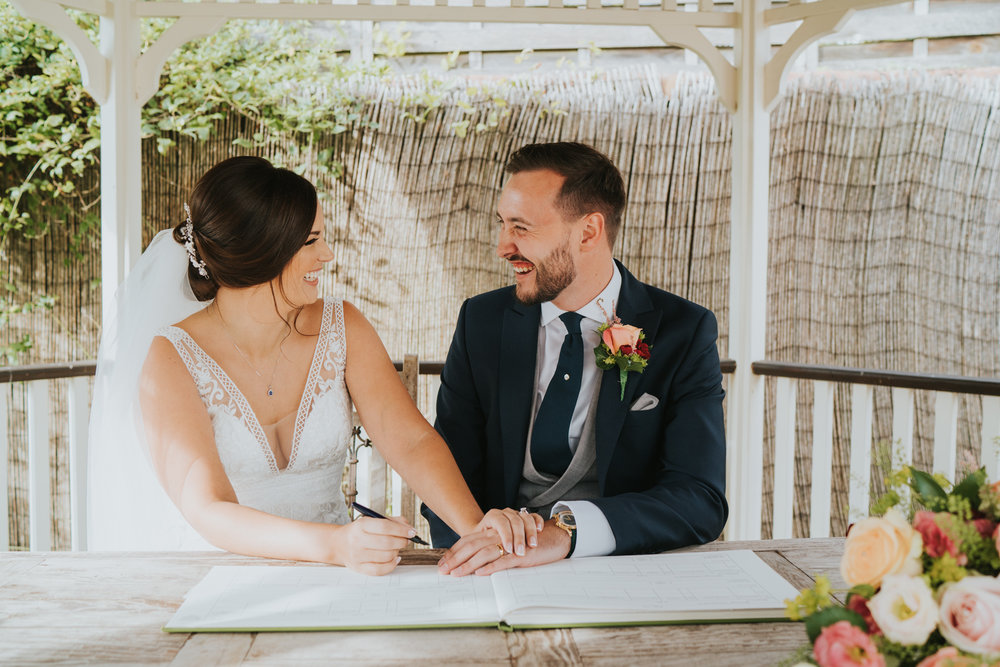 sophie-mark-newland-hall-boho-wedding-grace-elizanbeth-alternative-wedding-photographer-colchester-essex-norfolk-suffolk-devon (105 of 161).jpg