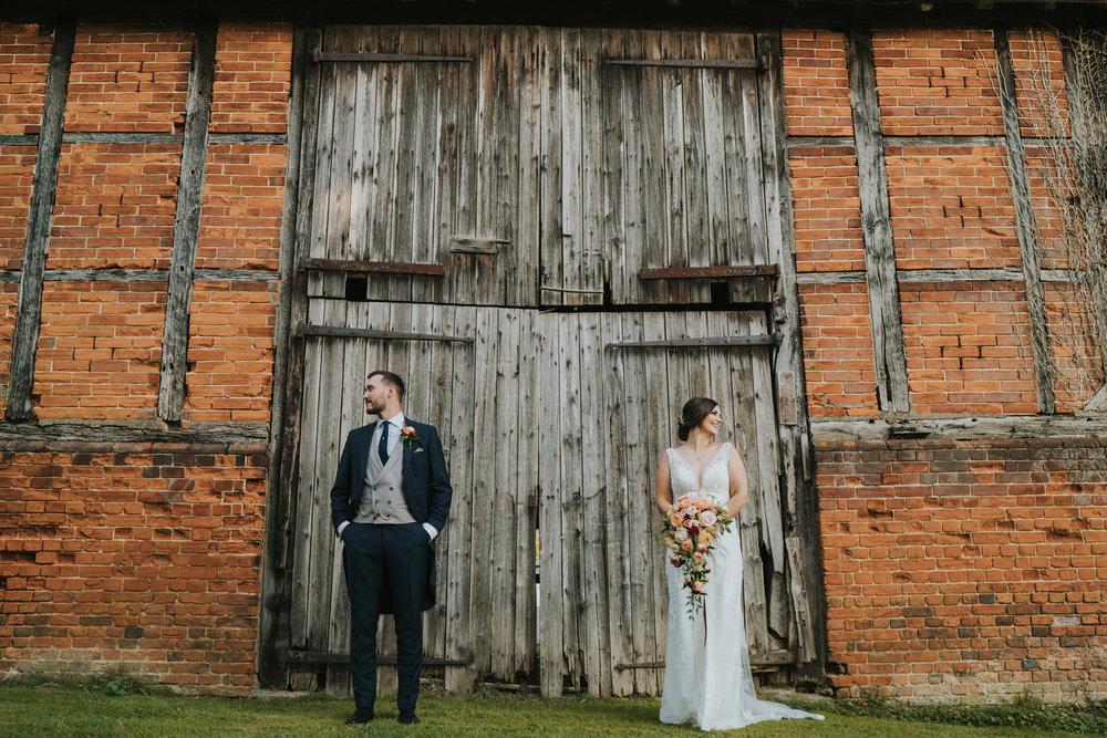 sophie-mark-newland-hall-boho-wedding-grace-elizanbeth-alternative-wedding-photographer-colchester-essex-norfolk-suffolk-devon (139 of 161).jpg