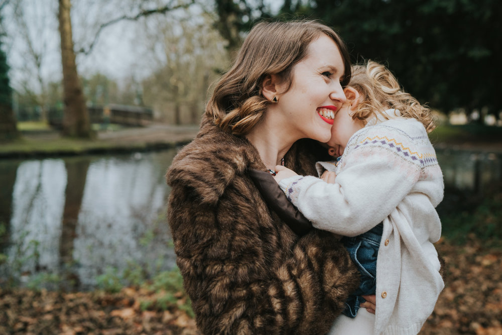 Hertfordshire-extended-family-session-grace-elizabeth-colchester-essex-alternative-wedding-photographer-suffolk-devon-norfolk (22 of 26).jpg