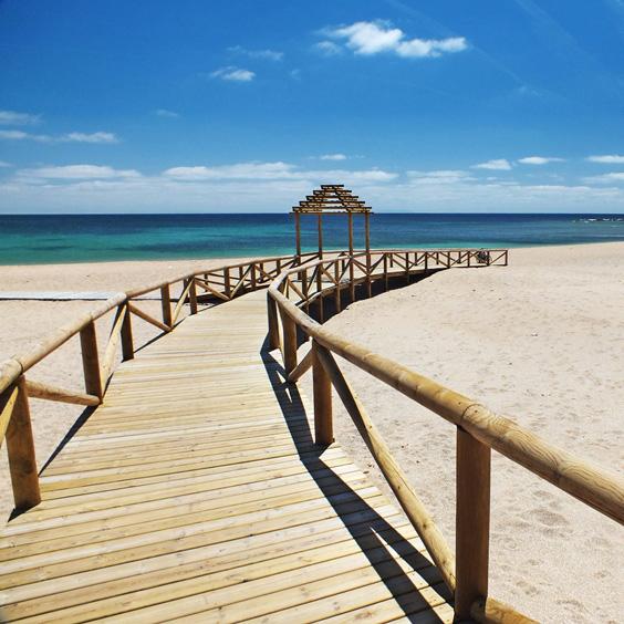 Beach_promenade.jpg