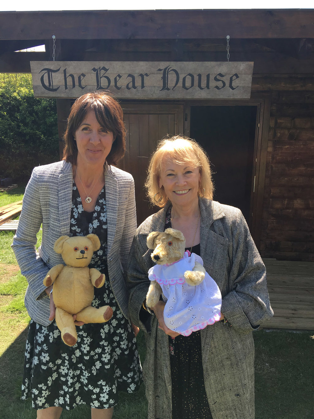Lucinda Compton and Michele Brandreth at the opening of the Bear House at Newby Hall in 2016