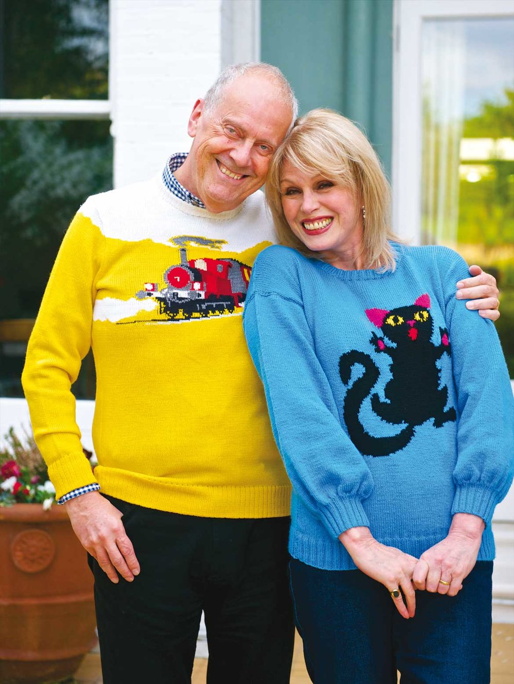 Gyles-Brandreth-and-Joanna-Lumley.jpg