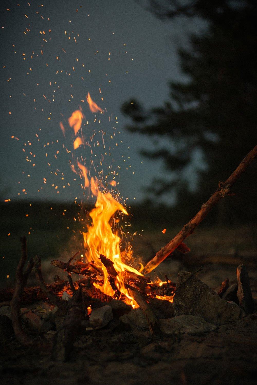 fire-2560427_1920.jpg