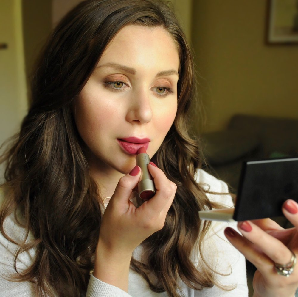 Fall Inspired Makeup Look Petit Vour