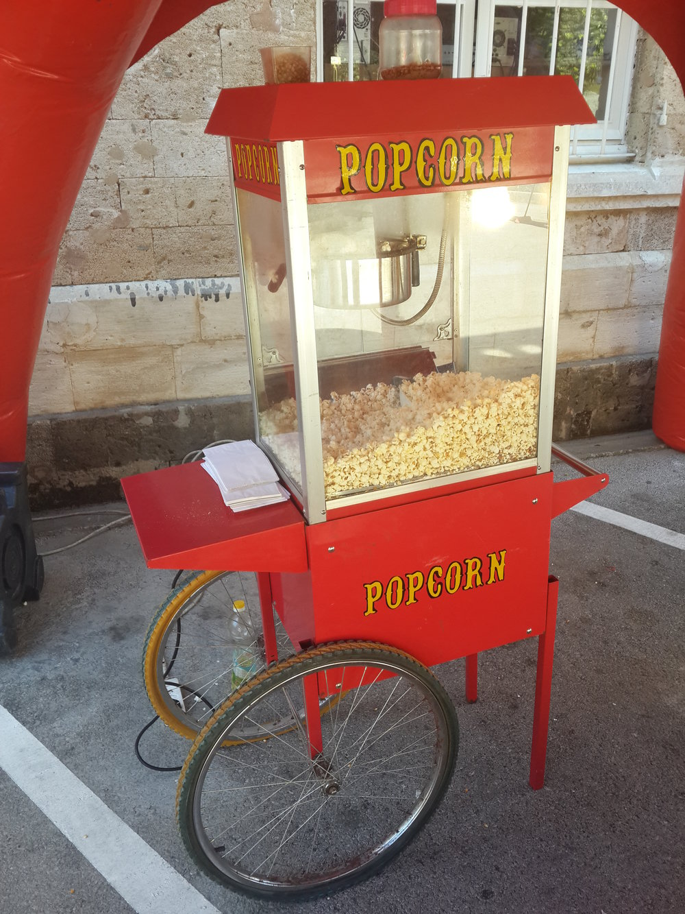 Concession: Popcorn Machine