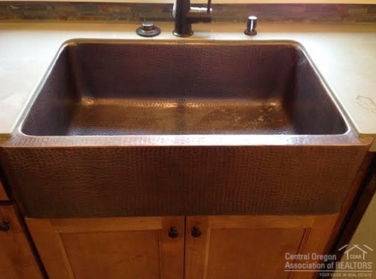 007 Farmhouse Sink
