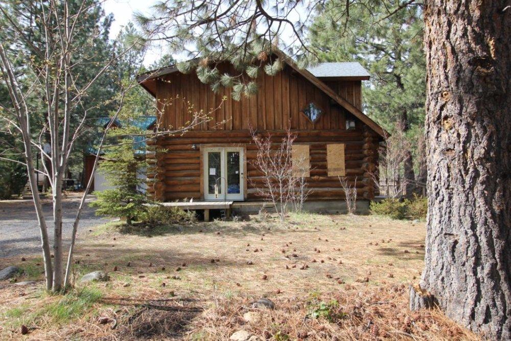 log-home-east-exterior