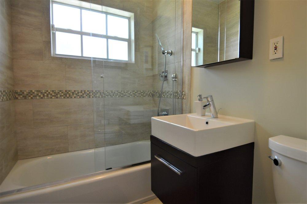 Bath2angle.jpg