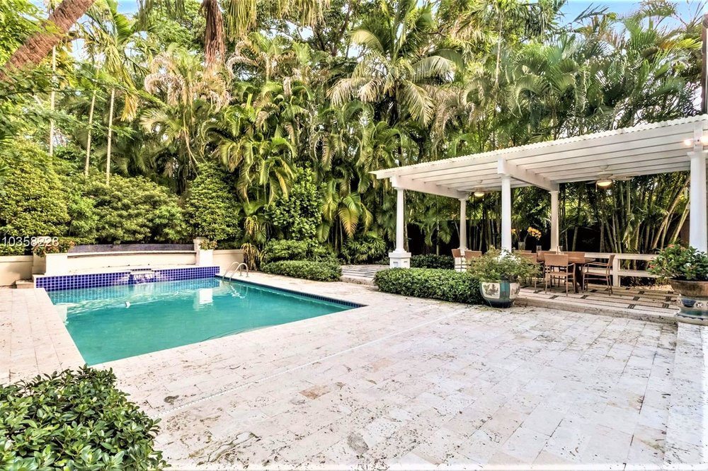 3609 Solana road | sold for $1,475,000