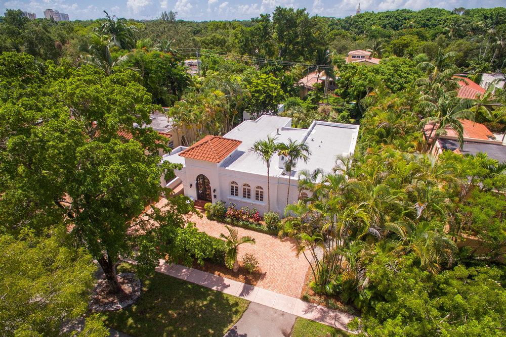 AlexTphoto.com - Jane Casillo - 1212 Obispo Ave-Aerials-2-HighRes.jpg