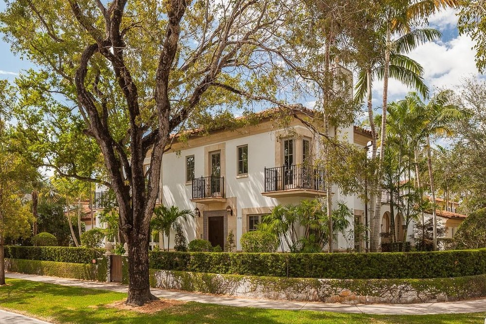 2720 cardena street   sold for $1,915,000